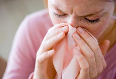 Как лечить затянувшийся насморк у взрослого