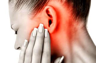 Что делать если опухло ухо