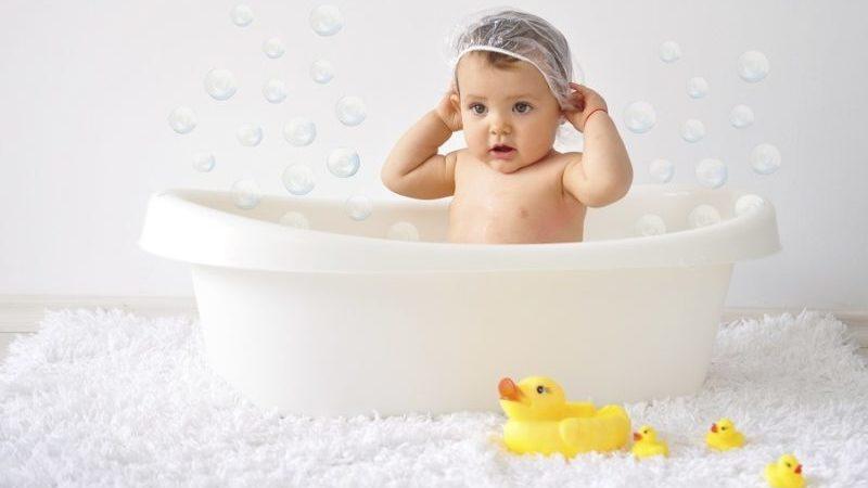 Можно ли мыться при отите ребенку — Детское здоровье