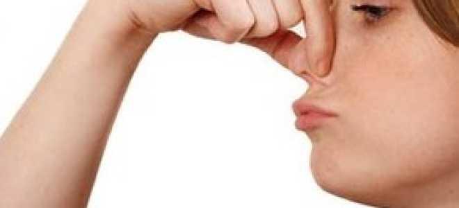 Можно ли высморкать полип из носа?