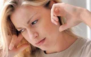 Из-за чего появляется шум в ухе при наклоне головы?